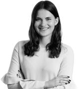 Marketing Consultant - Dominika