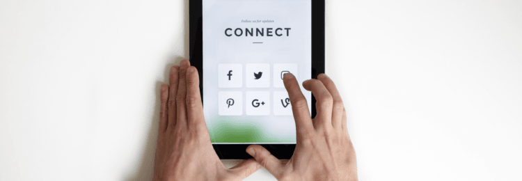 Integrating Your Website with Social Media – 9 Life Saving Tips