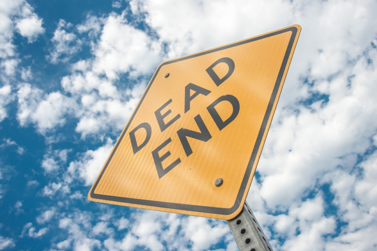 dead-end road sign represents dead-end pages metaphorically
